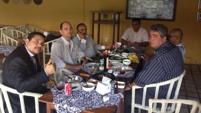 reunião coriolano coutinho ariano wanderley (Foto: Divulgação / Assessoria)