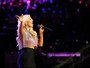 Mais magra, Christina Aguilera se apresenta no 'The Voice'
