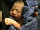 Bebê é deixado em Igreja de NY no local da manjedoura de um presépio