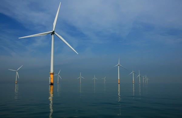 Trens da Holanda passam a funcionar com energia eólica (Foto: Getty Images)