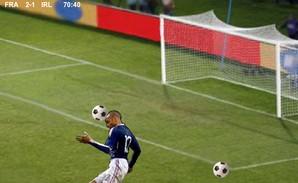henry gol de mão