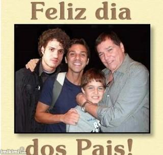 Jerry Adriani com os filhos: Thiago, Tadeu e Joseph (Foto: Reprodução/Facebook)