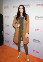 Elenco de 'Orange' se reúne para lançar 3ª temporada da série
