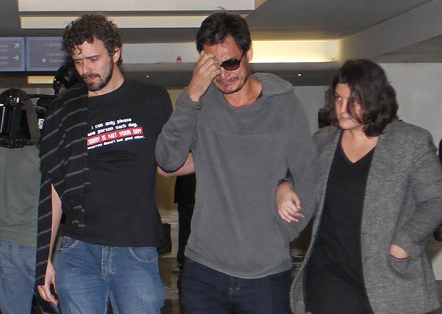 Thales, ex-namorado de Betty Lago deixou a cerimônia abalado (Foto: Anderson Borde e Marcello Sá Barreto / AgNews)