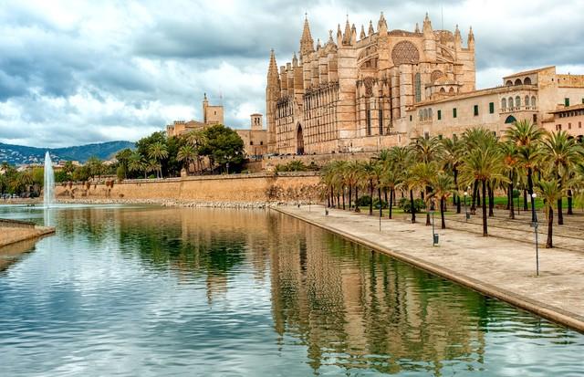 O Castelo de Bellver, um dos mais famosos pontos turísticos de Palma de Maiorca (Foto: Divulgação)