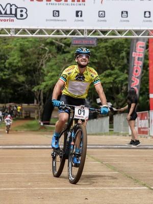 Catriel Soto, CIMTB, Araxá, Short Track (Foto: Magnus Torquato/Fotop)