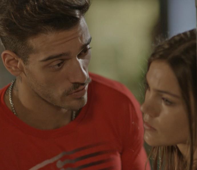 Uood tenta se explicar, mas ela não acredita (Foto: Tv Globo)