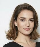 Laura Viana (Priscila Steinman)