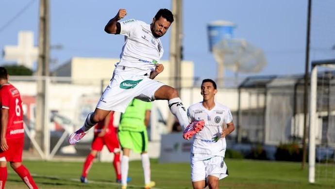 Uéderson, atacante do ASA (Foto: Ailton Cruz / Gazeta de Alagoas)
