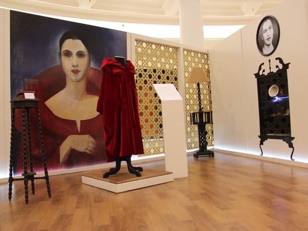 Mostra expõe três obras originais, réplicas de obras e objetos cedidos pela família da artista (Foto: Patrícia Secco)