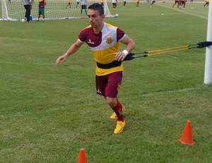 Pimentinha treina parte física no Castelão - Sampaio (Foto: Afonso Diniz/GloboEsporte.com)