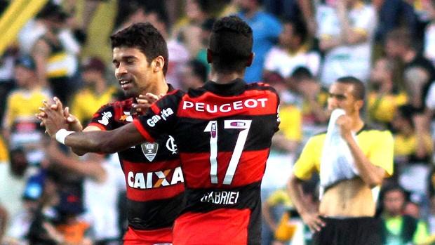 Eduardo da Silva comemora gol Criciúma x Flamengo (Foto: Fernando Ribeiro / Futura Press)