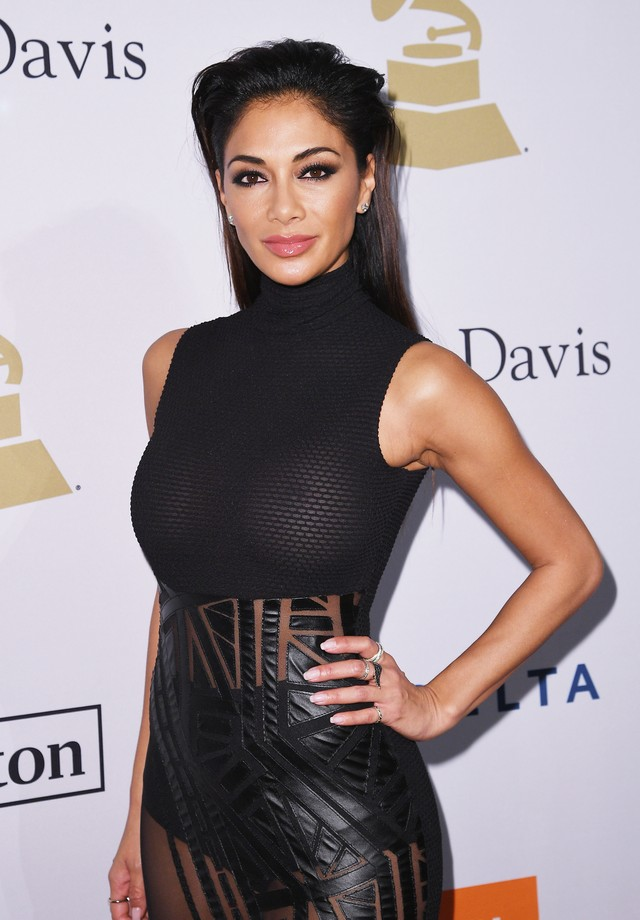LOS ANGELES, CA - FEBRUARY 11:  [Editor's note: This image contains nudity.] Singer Nicole Scherzinger attends Pre-GRAMMY Gala and Salute to Industry Icons Honoring Debra Lee at  The Beverly Hilton on February 11, 2017 in Los Angeles, California.  (Photo  (Foto: Getty Images)