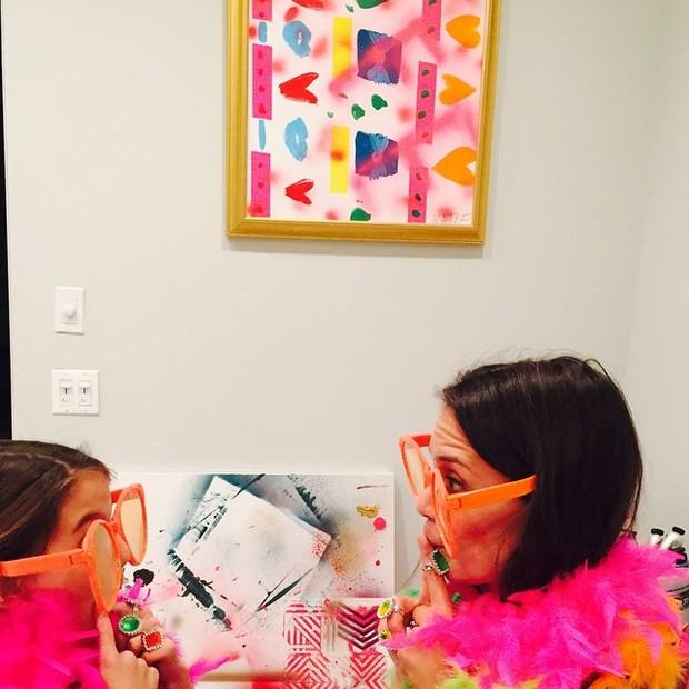 Katie Holmes se diverte com a filha, Suri Cruise (Foto: Instagram/ Reprodução)