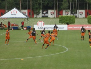 Vitória - treino (Foto: Arte / Globoesporte.com)