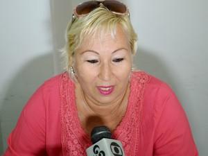 Cubana Sônia vai trabalhar em aldeias indígenas do Alto Juruá (Foto: Francisco Rocha/G1)