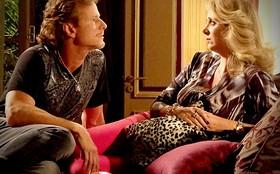 Ivana confessa justo para Max que desconfia da honestidade de Carminha