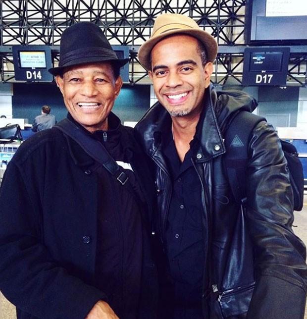 Jair Rodrigues com o filho, Jair Oliveira  (Foto: Reprodução)