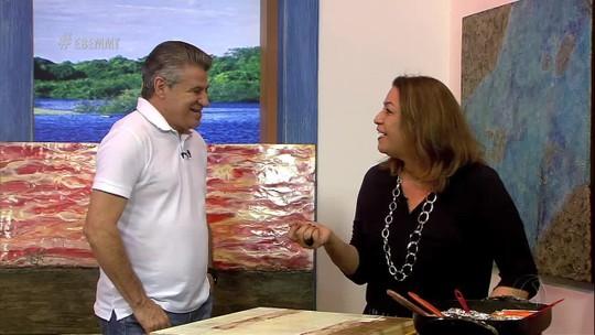 Marlene Trouva mostra a técnica de encaústica no Canto das Artes