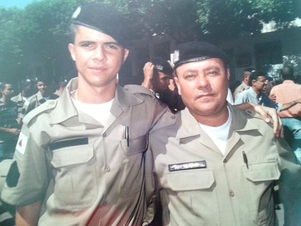 Foto mostra o dia da formtura de Ricardo Pardim, o pai dele era sargento na época (Foto: Reprodução / Arquivo Pessoal)