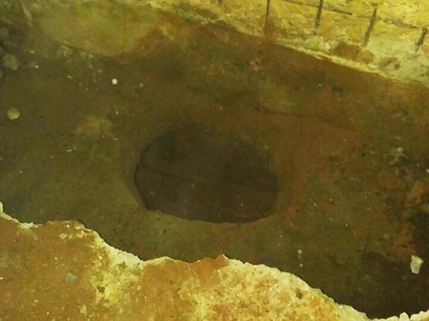Túnel foi escavado a partir de uma cela do pavilhão A (Foto: Sejuc/Divulgação)