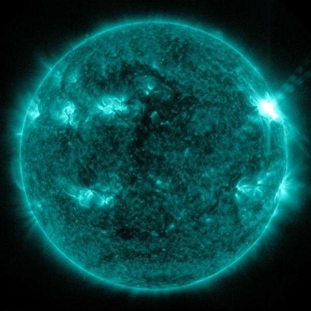 Imagem do Sol obtida pelo SDO e usada no estudo (Foto: Nasa/SDO)