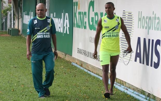 Thiago mendes volante goiás (Foto: Rosiron Rodrigues / Goiás E.C.)