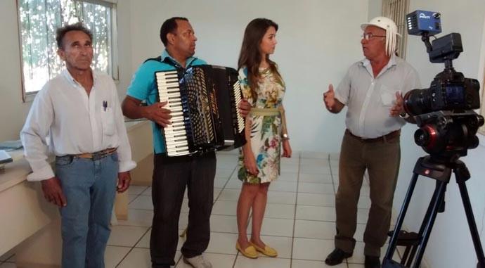 Sanfoneiros explicam sobre a relação da rádio com o amor pela música e sanfona (Foto: Gshow/Rede Clube)