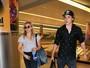 Chloë Moretz e Brooklyn Beckham viajam juntos