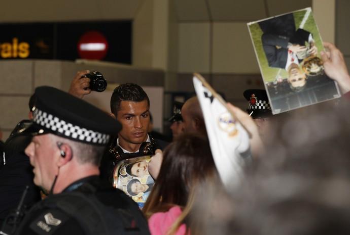 Cristiano Ronaldo está de volta a Manchester, agora para encarar o City pela Champions (Foto: Reuters) (Foto:  Foto: Reuters)