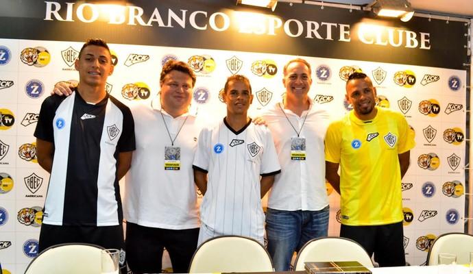Rio Branco apresenta uniformes da Série A2 e inova com camisa amarela bd0c794092dea