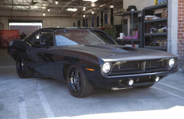 Dodge planeja um novo e brutal Barracuda