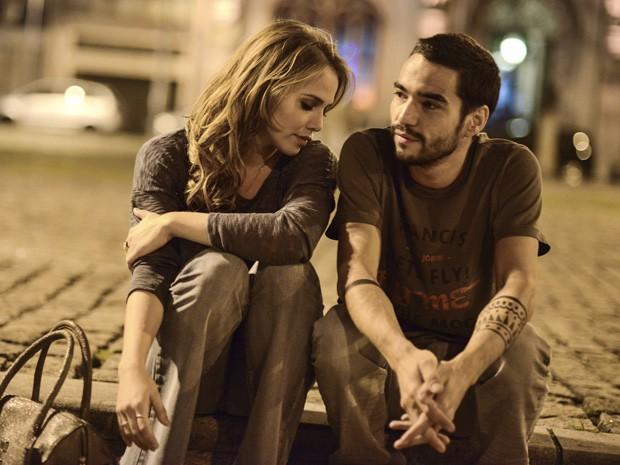 Letícia Colin e Caio Blat em 'Ponte aérea' (Foto: Divulgação)