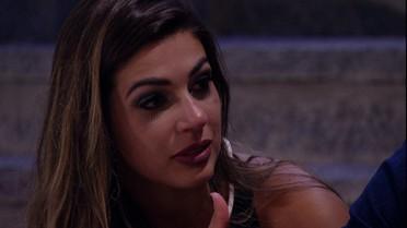 Vivian desabafa com Daniel: 'Se ficar buscando quem votou, a gente não vive'