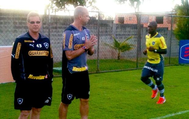 Seedorf treino Botafogo (Foto: Kako Areas/ Instagram BFR)