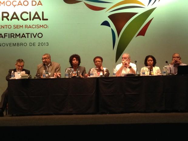 Representantes do governo federal e da sociedade civil participam da 3ª Conferência Nacional de Promoção da Igualdade Racial, em Brasília  (Foto: Luciana Amaral/G1)