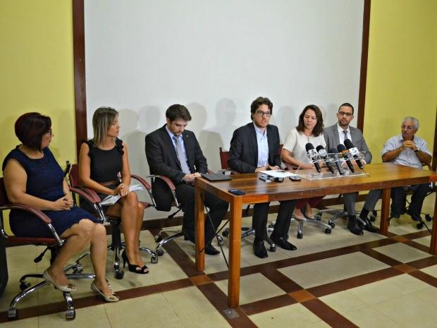 Em coletiva, secretário nacional de justiça, disse que governo pretende regularizar rota legal e desestimular rota terrestre  (Foto: Iryá Rodrigues/G1)
