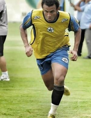 Geovane Maranhão veste a camisa 11 do Resende (Foto: Divulgação/Resende FC)