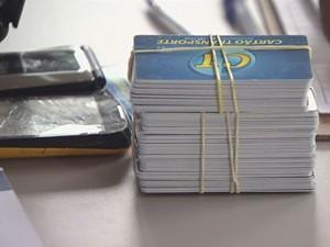 População tem mais de 140 postos para recarga do cartão transporte (Foto: Reprodução/TV Tribuna)