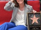 Sally Field ganha estrela na Calçada da Fama em Hollywood