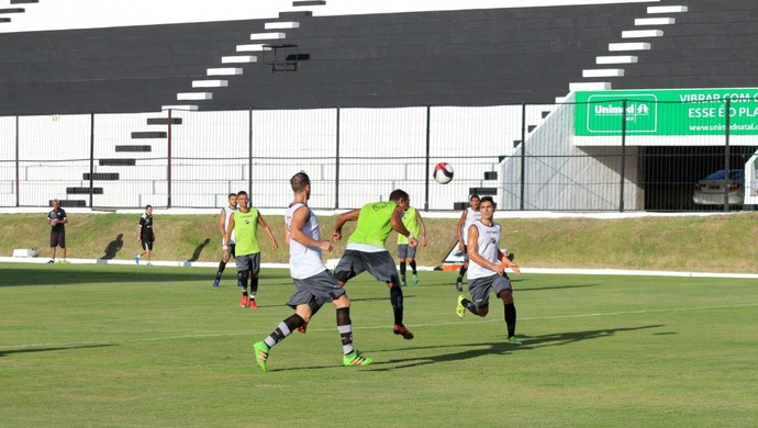 ABC - coletivo Geninho Frasqueirão - Dalberto, atacante (Foto: Andrei Torres/ABC FC/Divulgação)