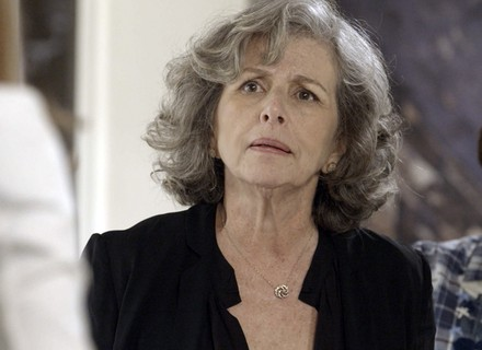 Vitória se irrita com Lívia: 'Não confio em ninguém da Beraldini'
