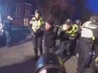 Polícia prende 166 em protesto antifascista e anarquista na Holanda