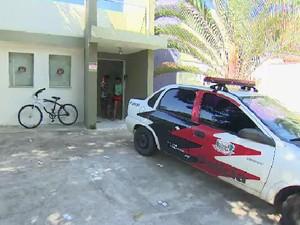 Sete policiais da DIG de São Sebastião foram presos.  (Foto: Reprodução / TV Vanguarda)
