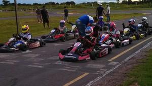1º Etapa do Campeonato Regional de Kart (Foto: Jander Ribas/Assessoria FEMTAU)