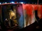 Micro-ônibus com pacientes tomba e deixa quatro feridos na BR-232, em PE