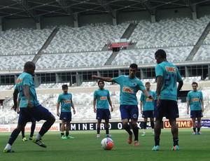 Treino do Cruzeiro no Mineirão (Foto: Tarcísio Badaró)