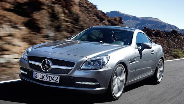 Mercedes SLK 350 é convocado para reparo no sistema de combustível (Foto: Divulgação)