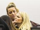 Jessica Simpson tem problema com segurança em aeroporto
