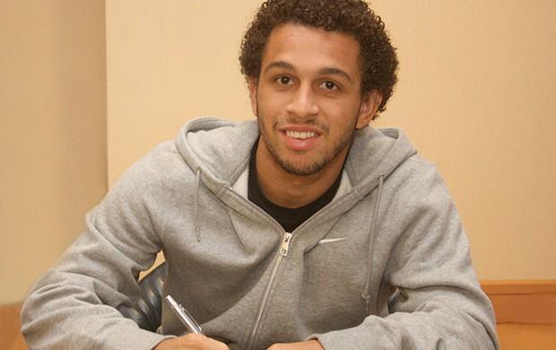 Wellington Nem contrato Shakhtar Donetsk  (Foto: Divulgação / Site Oficial)